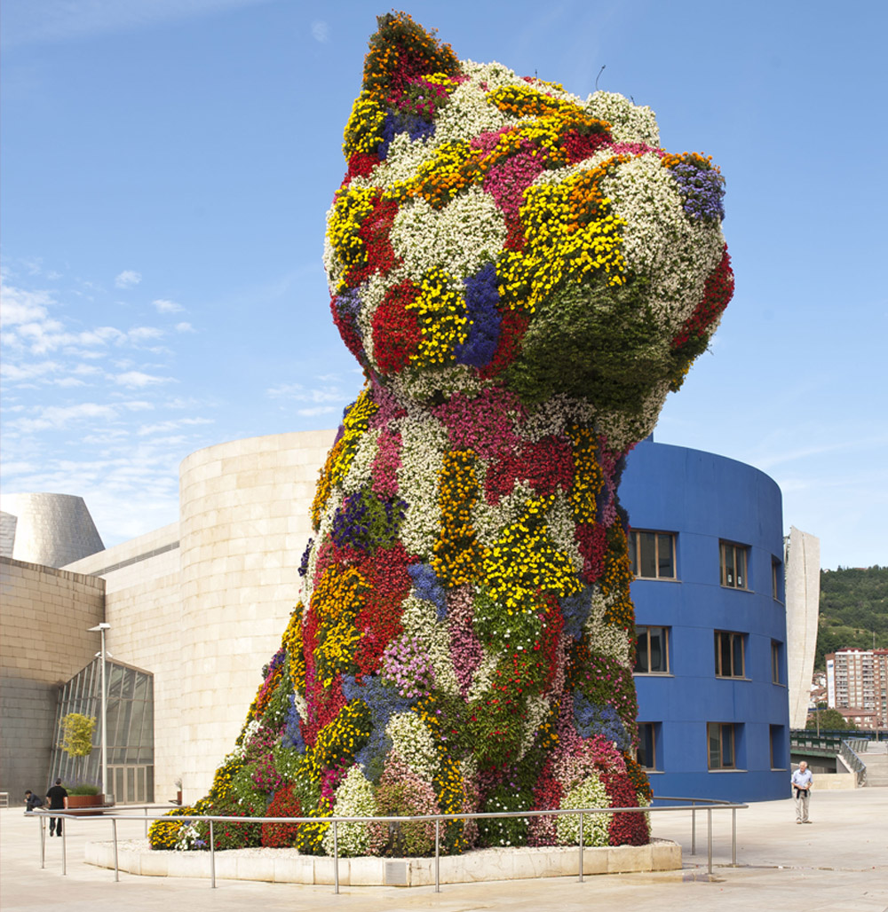 Jeff Koons, Puppy, Guggenheim Museum, Bilbao (1992)