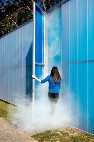 Ann Veronica Janssens, Blue, Red, Yellow, Nasher Sculpture Center, Dallas (2016)