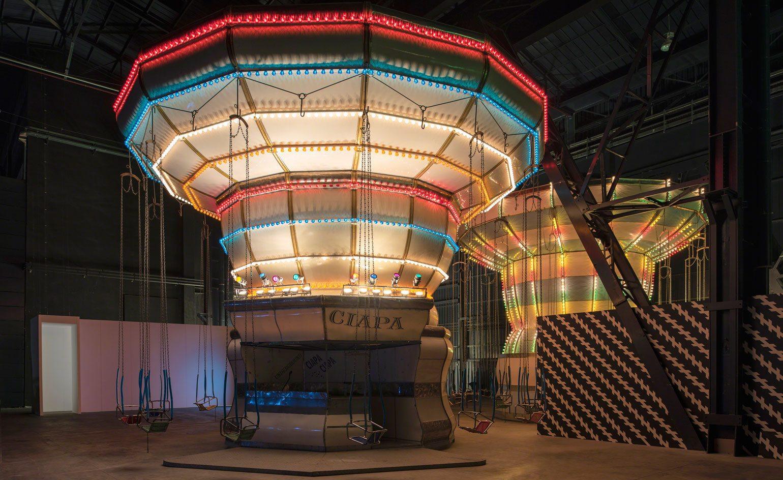 Carsten Holler, Double Carousel (2011), Doubt, Hangar Bicocca, Milano (2016)